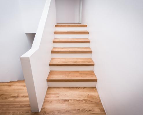 Parkett verlegen, Treppe renovieren, Einfamilienhaus WdeR Fußbodenstudio, Bocholt